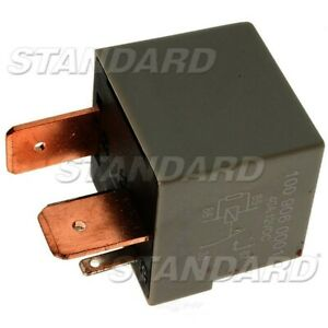 Fuel Pump Relay  Standard Motor Products  RY494