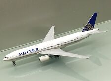 Gemini Jets 1/400 United Airlines Boeing 777-200ER N796UA die cast metal model