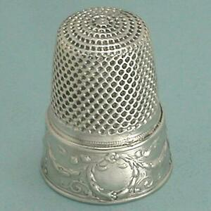 Antique Silver Wreath & Garland Thimble * French * Circa 1900