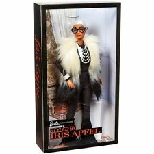 BARBIE® STYLED BY IRIS APFEL DOLL CON GILET MULTICOLORE #1 MATTEL FWJ27