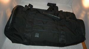 Lululemon Large Gym Bag Black/Red Yoga Mat Running Shoes Quality Activewear