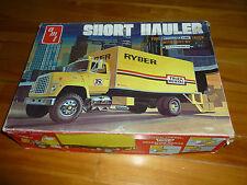 FORD TRUCK SHORT HAULER RYDER AMT T515 OLD MODEL KIT PLASTIC 1/25 UNSTARTED