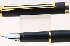 Vintage WHSmith Messenger Medium Fountain Pen, Epoxy Matt Black