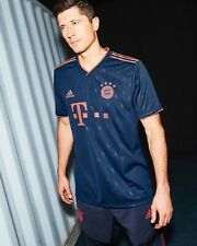 Lewandowski 2019/20 Bayern Munich Third Jersey