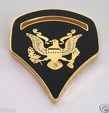 US ARMY RANK SPC-5 (GREEN) Military Veteran Rank / Hat Pin 14533 HO