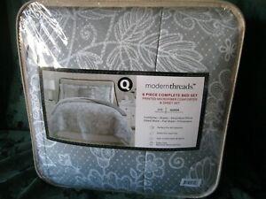 Fine Linens Olivia 8-piece Printed Reversible Bed in Bag Set  Queen