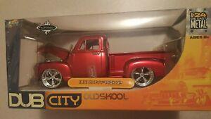 jada  1/24   Dub city Oldskool      1951 Chevy Pickup