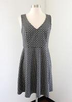 NWT Ann Taylor Loft Gray Black White Printed Fit & Flare Dress Size 2 V-Neck