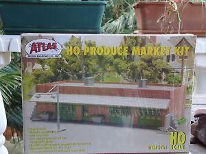 Atlas, Fruit & Vegetable Produce Market Building KIT, HO Scale #761