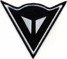 Toppa ricamata patch termoadesiva  logo DAINESE nero lato cm. 9,5