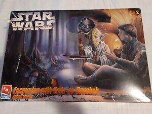 Star Wars Model Kit- Encounter with Yoda on Dagobah Action Scene Set - ERTL1995
