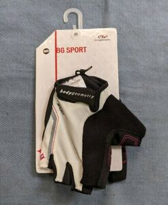 New Medium Women's BG Sport Specialized Bicycles Cycling Gloves
