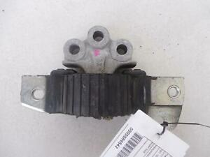 BMW 1 SERIES RIGHT SIDE ENGINE MOUNT, E87, 10/04-12/13
