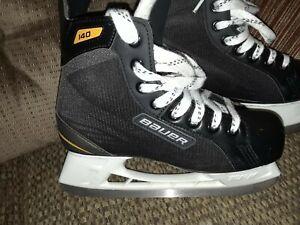 Bauer Supreme S140 Size 6 Ice Skates Black/White Excellent condition