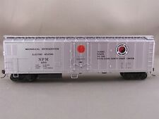 Athearn - Northern Pacific - 50 Mechanical Reefer + Wgt # 450