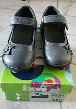 Chaussures babies P24
