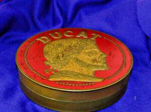 Ancienne grande boite métal publicitaire bonbons Ducat La pie qui chante