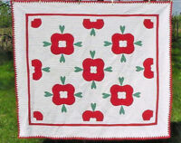 ANTIQUE APPLIQUE QUILT RED AND GREEN 1930s  NEAR MINT