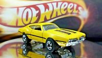 Hot Wheels -  Oldsmobile 442 Yellow and Black striping @1993 Warner - BLACK WALL