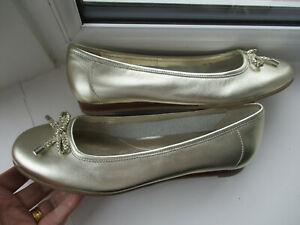 BNWT Ladies M & S Gold flat ballet style shoes U.K. 4.5 (EUR 37.5)