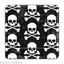 """18 Happy Halloween Poison Skulls Pirate Party Square 7"""" Paper Plates"""