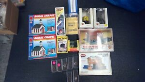 LOT of 10 N Scale Buildings- New Sealed Boxes-7 packs street lights-NEW  (N231)