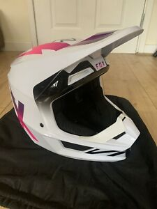 Fox motocross Helmet Size Large Immaculate