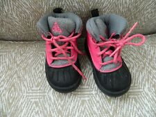 Toddler Girl's Nike hot pink/black lace up boots 5C