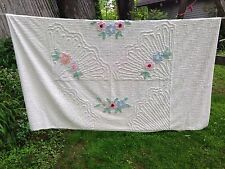 Vintage Chenille Bedspread Fan Flowers Fluffy White Exceptional