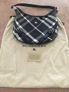 "Authentic ""Burberry"" London Black/White Check Retro Bucket Bag small/dustbag"