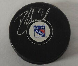 Rick Nash Signed New York Rangers Official Hockey Puck STEINER COA BC3091