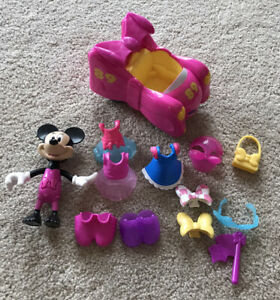 Disney Minnie Mouse Snap and Pose Doll with Rare Car, Clothes And Accessories