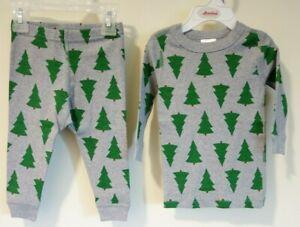 NWT Hanna Andersson Organic Cotton Holiday Trees Pajamas Size 70 / 6-12M