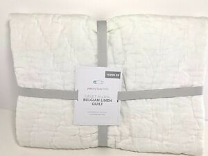 Pottery Barn Baby Sweet Animal Belgian Linen Toddler Quilt Ivory 50 in NWT