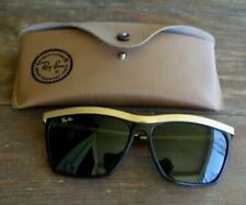 VTG Ray-Ban Sunglasses With Case
