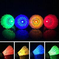 4 Stück LED Federball Badminton Bälle Set Dark Night Glow Birdies Beleuchtu NEU
