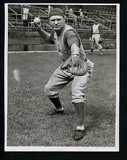Clyde McCullough catching pose circa 1941 Press Wire Original Photo