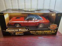 Ertl American Muscle 1971 Dodge Challenger R/T 1:18 Scale Diecast Car LE Mopar