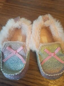 Rising Star Baby Girl Glitter Rainbow Moccasins Size 6-9 Months