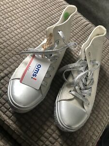 BNWT Ladies Sparkly Trainers Size 7