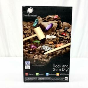 Smithsonian Rock and Gem Dig Kit