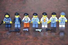 LEGO Minifig Mini figure 1x Criminal Jail Prisoner inc Handcuffs Backpack Robber