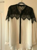 Lauren Conrad Womens long sleeve White Blouse/Black Lace size small