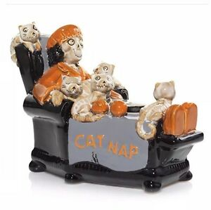 YANKEE CANDLE BONEY BUNCH 2016 CAT NAP CAT LADY VOTIVE/TEA LIGHT CANDLE HOLDER