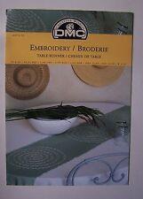 ) DMC BRODERIE EMBROIDERY modèle 12874-22 - CHEMIN DE TABLE