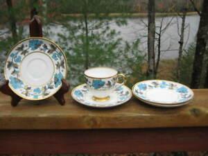 VINTAGE COPELAND GROSVENOR CHINA RICHMOND PATTERN TEA CUP AND 4 SAUCERS ART DECO
