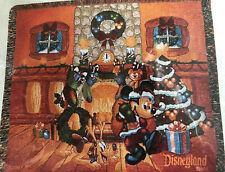 Disneyland Resort Mickey Pluto Christmas Tapestry Throw Blanket NEW Tree Holiday
