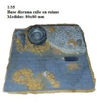 WWII base diorama street in ruins 80x80 mm resina
