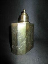 ancienne flasque flacon à alcool en laiton argenté ciselé XX ème