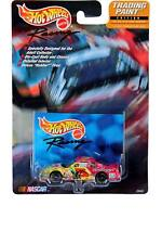 Hot Wheels Racing TRADING PAINT #05 Chevrolet Monte Carlo Terry Labonte Kelloggs